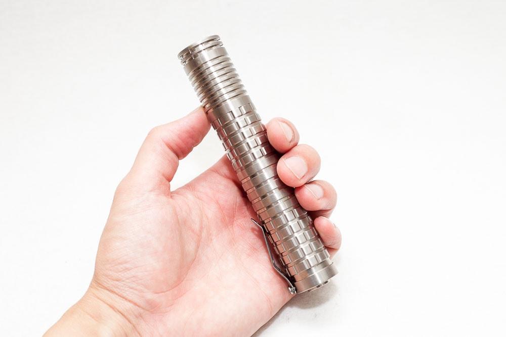 18500*2 style Reylight titanium flashlight