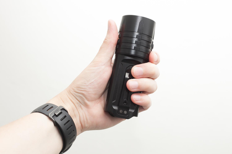 Fenix LR35R in hand