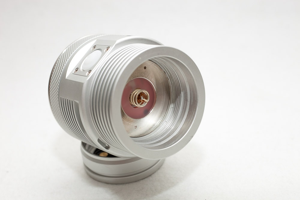 close up picture of the driver spring