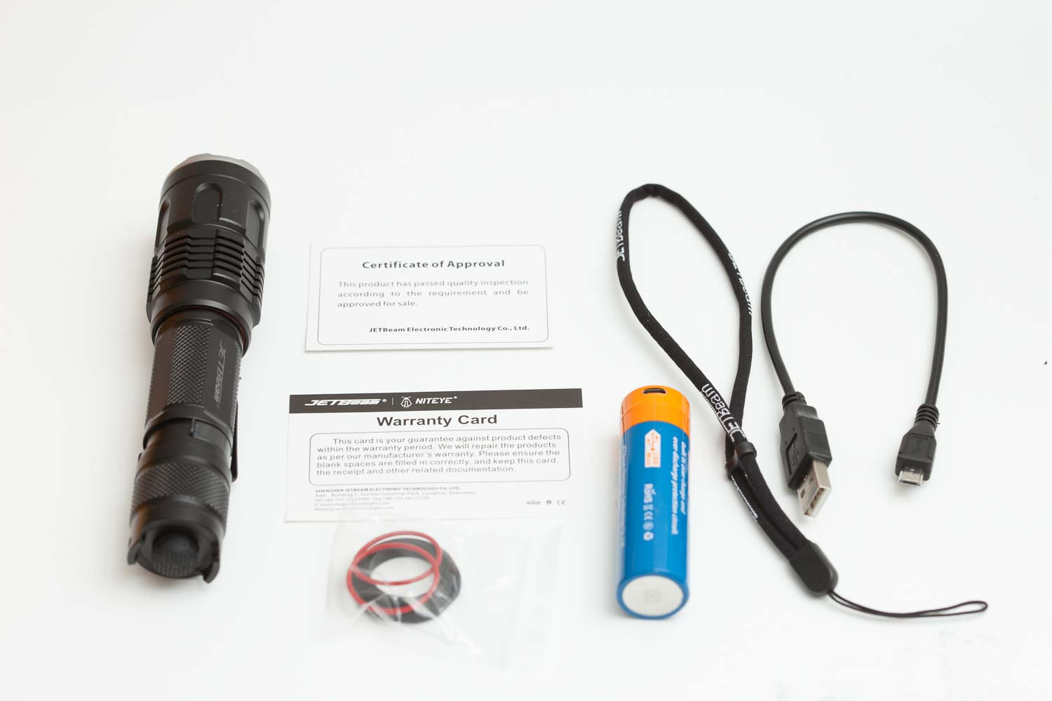 Jetbeam M2S with accessories