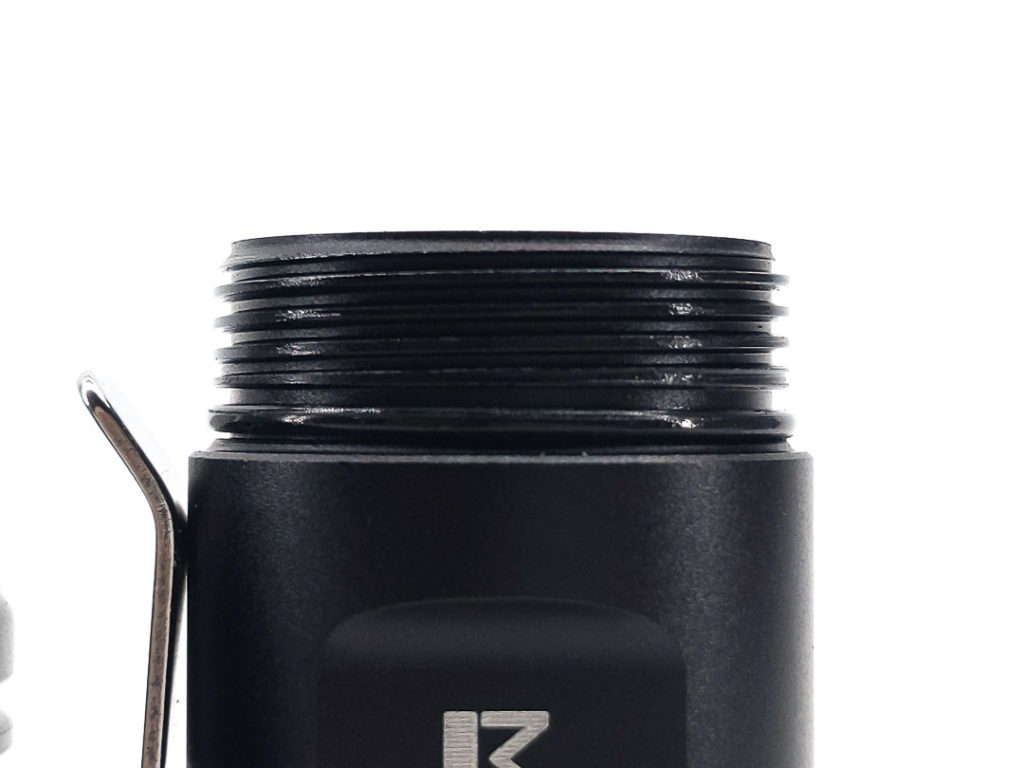 threads of black flashlight