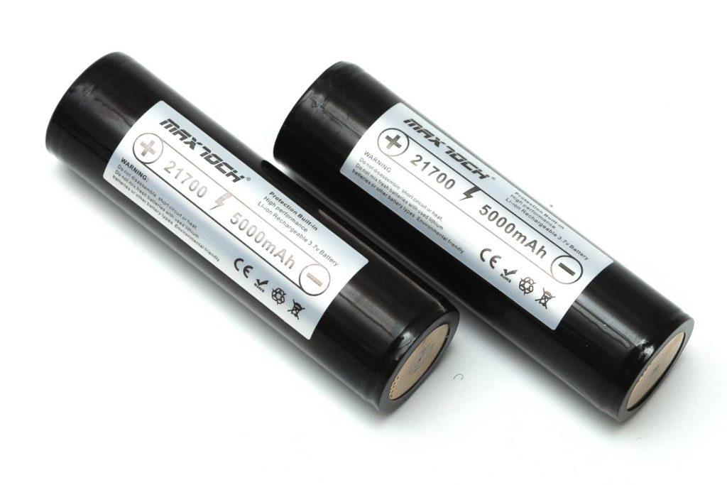 2 maxtoch batteries 21700