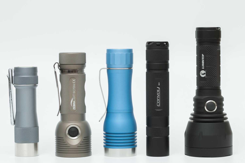 5 small flashlights on a row