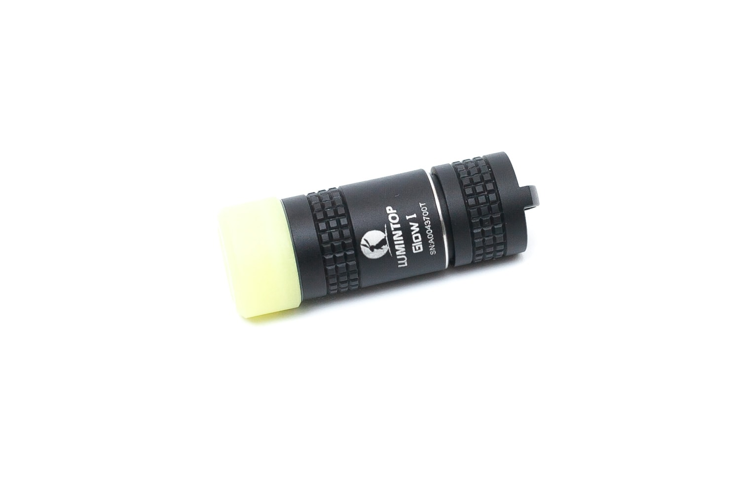 very small flashlight with glow in the dark